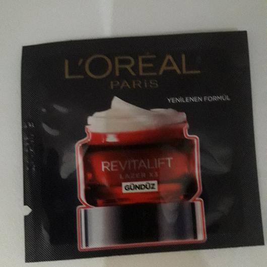 Gündüz Kremi-L'Oréal Paris-Revitalift Lazer X3 Yoğun Yaşlanma Karşıtı Gündüz Bakım Kremi-1deneyenblog-yorum-Puan-5puantiye