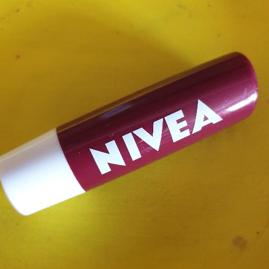 Dudak Bakımı-NIVEA-Dudak Bakımı Kiraz-alins_utopia-yorum-Puan-5puantiye