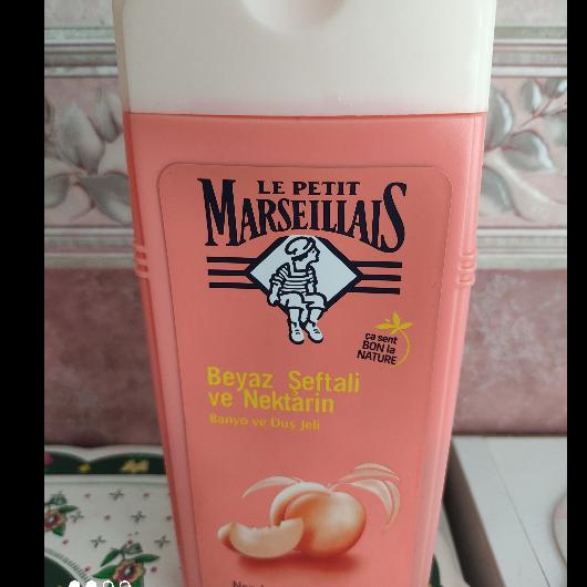 Duş Jeli/Vücut Şampuanı-Le Petit Marseillais-Beyaz Şeftali ve Nektarin Banyo ve Duş Jeli-asiguzel16-yorum-Puan-5puantiye