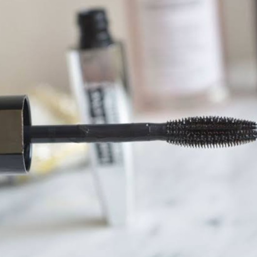 Maskara-L'Oréal Paris Makyaj-Bambi Eye Extra Black Ceylan Göz Etkili Maskara-aysetls-yorum-Puan-5puantiye