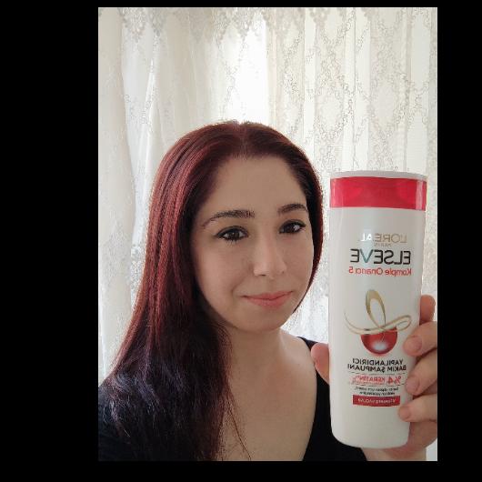 Şampuan-Elseve-Komple Onarıcı 5 Yapılandırıcı Bakım Şampuanı-baharyamansenol-yorum-Puan-5puantiye