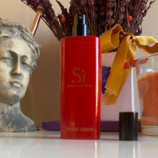 Kadın Parfüm-Giorgio Armani-SI PASSIONE INTENSE EDP-bunahayrankaldim-yorum-Puan-5puantiye