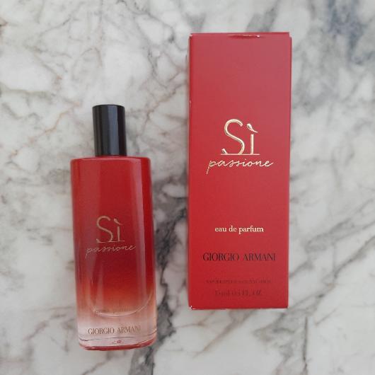 Kadın Parfüm-Giorgio Armani-SI PASSIONE INTENSE EDP-deneyelimmi_blogggg-yorum-Puan-5puantiye