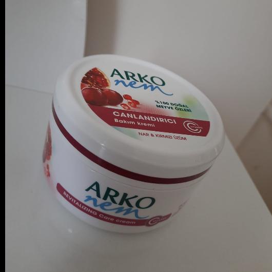 Vücut Kremi-ARKO NEM-Gliserinli Onarıcı Bakım Kremi-evinblog35-yorum-Puan-5puantiye