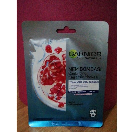 Maske-Garnier Skin Naturals-Nem Bombası Canlandırıcı Kağıt Maske-evinblog35-yorum-Puan-5puantiye