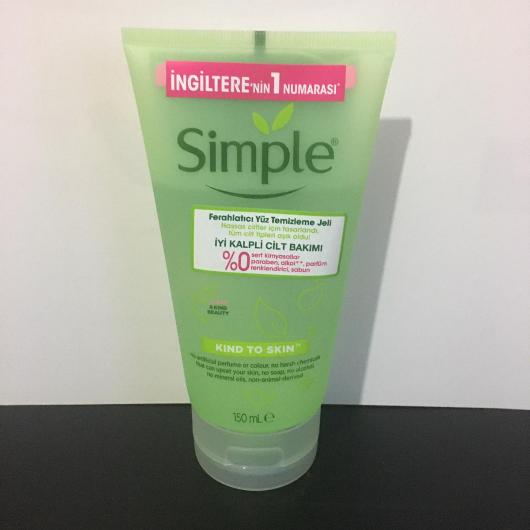 Temizleme Ürünleri-Simple-Ferahlatıcı Yüz Temizleme Jeli-kucukkarabalik-yorum-Puan-5puantiye