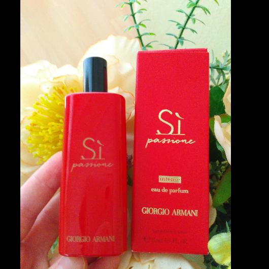 Kadın Parfüm-Giorgio Armani-SI PASSIONE INTENSE EDP-mrsblogy-yorum-Puan-5puantiye