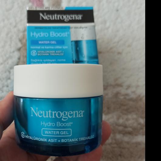 Günlük Krem-Neutrogena-Hydro Boost Water Gel-nrglay14-yorum-Puan-5puantiye