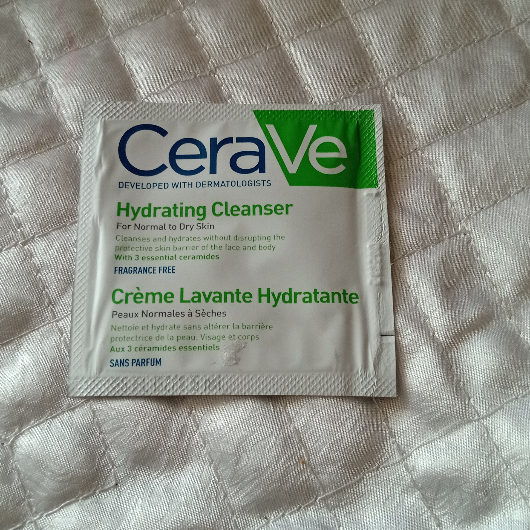 Temizleme Ürünleri-CeraVe-CeraVe Nemlendiren Temizleyici 236 ml-omur46-yorum-Puan-5puantiye