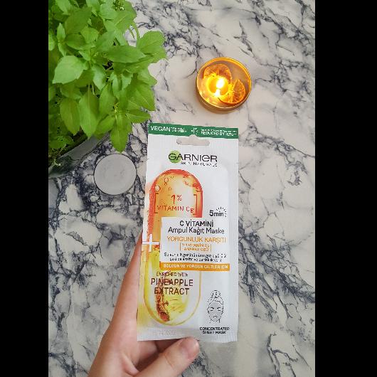 Maske-Garnier Skin Naturals-C Vitamini Yorgunluk Karşıtı Ampul Kağıt Yüz Maskesi-onerili1blog-yorum-Puan-5puantiye