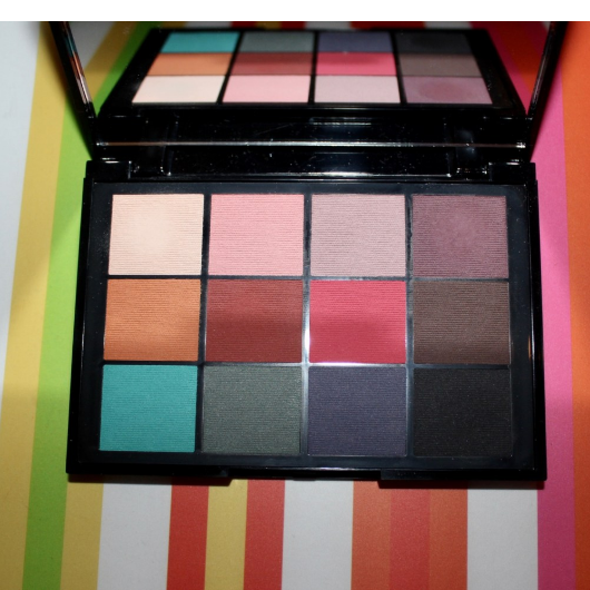 Göz Farı-KIKO MILANO-Smart Cult Eyeshadow Palette 01 Matte Revolution-reyhan18-yorum-Puan-5puantiye