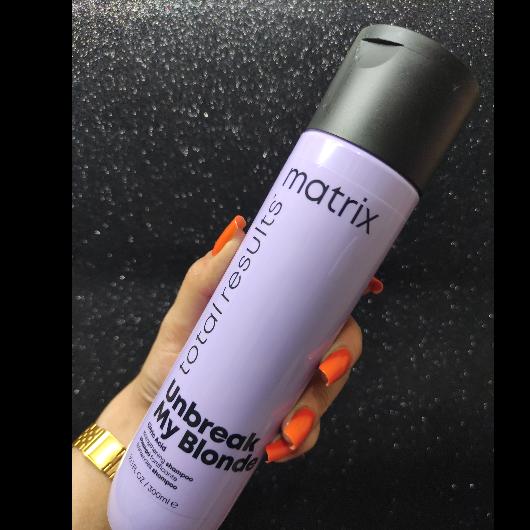 Şampuan-MATRIX TOTAL RESULTS-Unbreak My Blonde Onarıcı ve Güçlendirici Şampuan-seydaninojeleri-yorum-Puan-5puantiye