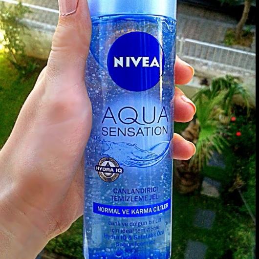 Temizleme Ürünleri-NIVEA-Aqua Sensation Canlandırıcı Yüz Yıkama Köpüğü-terazininmakyaji35-yorum-Puan-5puantiye