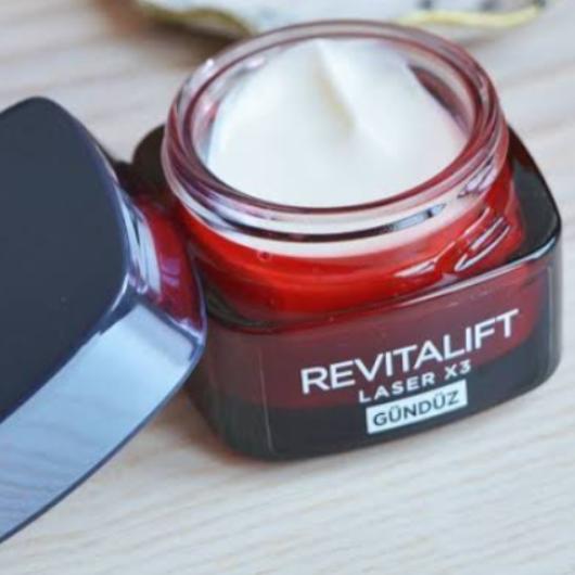 Gündüz Kremi-L'Oréal Paris-Revitalift Lazer X3 Yoğun Yaşlanma Karşıtı Gündüz Bakım Kremi-wbusrayldrm7-yorum-Puan-5puantiye