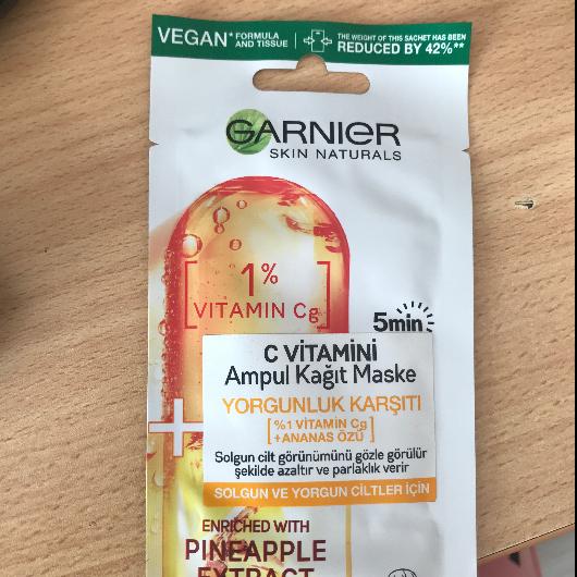 Maske-Garnier Skin Naturals-C Vitamini Yorgunluk Karşıtı Ampul Kağıt Yüz Maskesi-zehraninguzelligi11-yorum-Puan-5puantiye